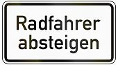 Text,Reflection,Black Color,White,Gray,Black And White,Close-up,Traffic,Grayscale,Horizontal,Image,Bicycle,German Text,Rounded Corner,German Language,Symbol,Frame,Geometric Shape,Additional Panel,Traffic Regulations,Germany,Traffic Rules,Transportation,Law,supplementary,Additional Sign,Computer Graphic,German Word,Cyclist,Rectangle,Dismount,Isolated On White,Sign,No People,Authority